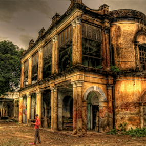 Old Palace at Varanasi, INDIA by Prasanta Singha - Buildings & Architecture Decaying & Abandoned (  )