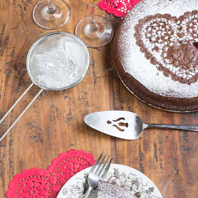 Valentines Day Flourless Chocolate Cake