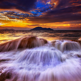 by Dany Fachry - Landscapes Waterscapes