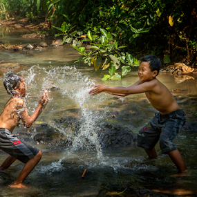 Splash by Firman Tirtawidjaja - Babies & Children Children Candids (  )