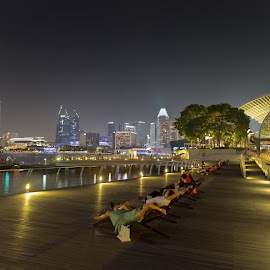 Pier outside Marina Bay Sands Hotel Singapore by Tufail Syed - Buildings & Architecture Other Exteriors ( bay, pier, marina bay sands, singapore, nightscape )