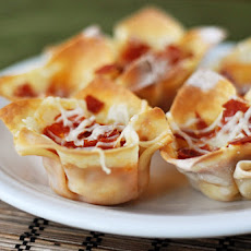 Hot Pizza Dip Bites