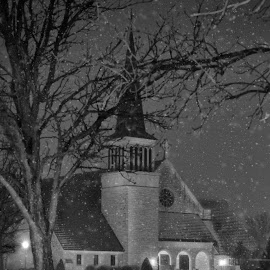 Silent Night by Deb Ratzlaff Bether Hagen - Buildings & Architecture Places of Worship ( snowfall, night photography, church, snowy night, religious )