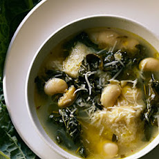 Tuscan Kale, White Bean, and Ciabatta Soup