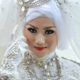 by Poetoet Adi - Wedding Bride