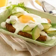 Avocado Breakfast Sandwiches