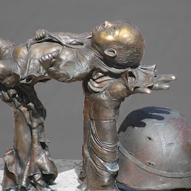 raising up by Ricky Stevens - Buildings & Architecture Statues & Monuments