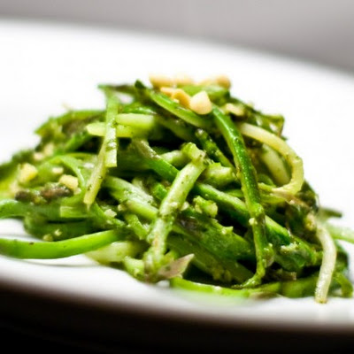 Asparagus Linguine With Mint Pesto
