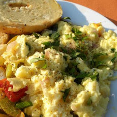Fluffy Scrambled Eggs With Fresh Herbs