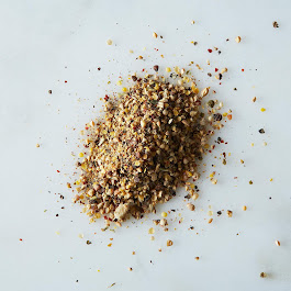 Le Poivre (Espelette, Black Pepper, and Spices)