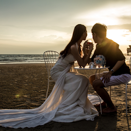Sunset Love by WengWah Wayne - Wedding Bride & Groom ( love, sunset, wedding, seaside, beach, bride, groom )