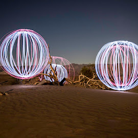 by Stephen  Barker - Abstract Light Painting