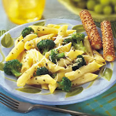 Broccoli and Garlic Penne Pasta