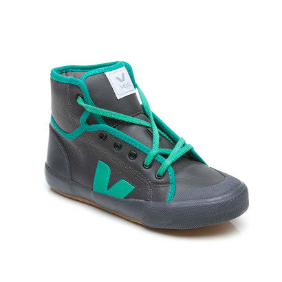 Veja Contrast High Top TRAINER