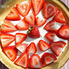 Low Fat Strawberry No-Bake Cheesecake