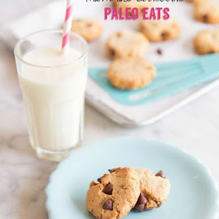 Paleo Eats | Chocolate Chip Cookies