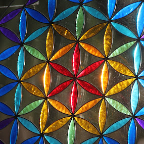 Flower of Life, sun shining through glass by Kirsten Gamby - Artistic Objects Glass ( flower of life,  )