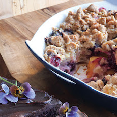 Nectarine-Blackberry Crisp