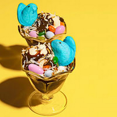 Hot Fudge Easter Sundaes