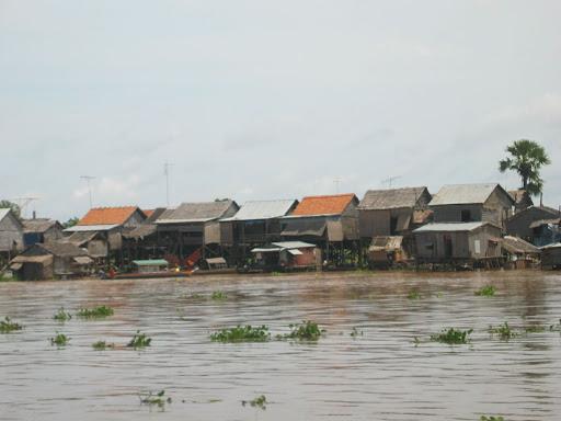 Tonle Seap - największe jezioro Kambodży