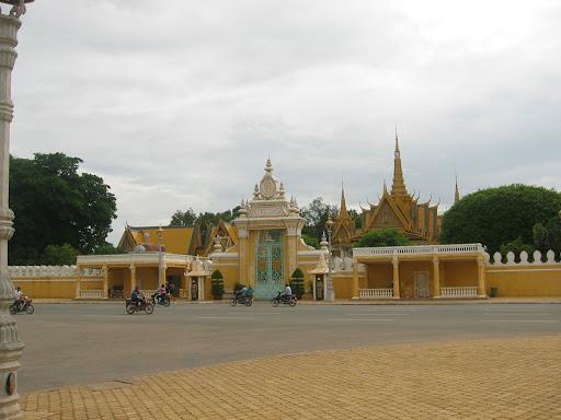 Pałac Królewski - jedna z największych atrakcji 2-mln stolicy