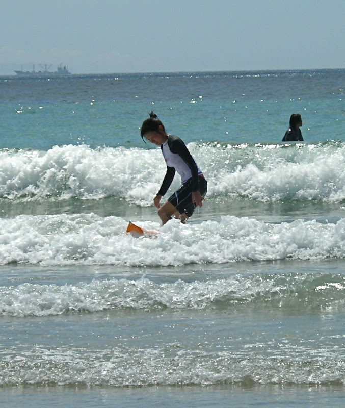 Aya surfing at Izu 02