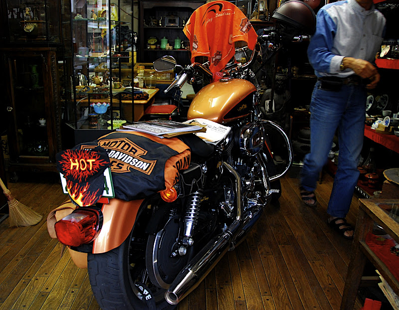 Harley Davidson in ojisan's garage in Kawagoe Japan