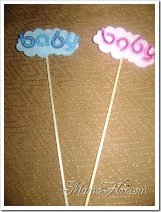 Recordatorios de baby shower : nube con el nombre del bebé