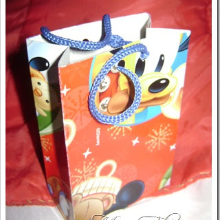 Caja sorpresa en forma de bolsa
