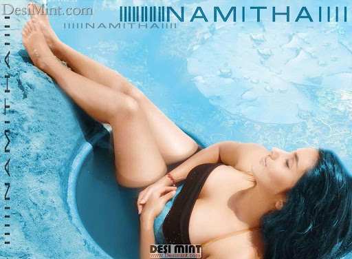 Hot_telugu_actress_namitha_bathing_pics