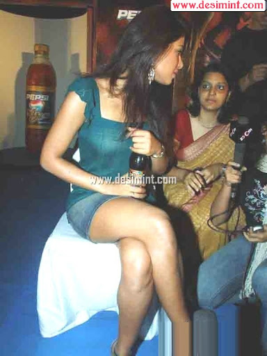 Priyanka_chopra_masala_still_image_photos