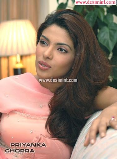 Priyanka Chopra Cute and Beautiful Pics and Wallpapers