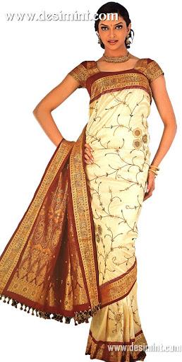 Deepika Padukone Cute Beautiful Pictures in Saree