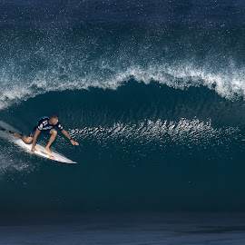 2013 Pipe Master by Peter Chien - Sports & Fitness Surfing