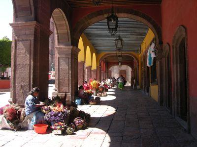 Portal-and-flower-vendors.jpg