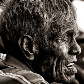 Vinze by Ferdinand Ludo - People Portraits of Men ( carbon market, sunday portrait, vinze )