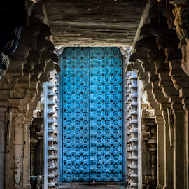 The door to peace by Pugalenthi Iniabarathi - Buildings & Architecture Places of Worship ( temple, pugalenthi, god, heaven, pugal, peace, door, devotion, big, photography )