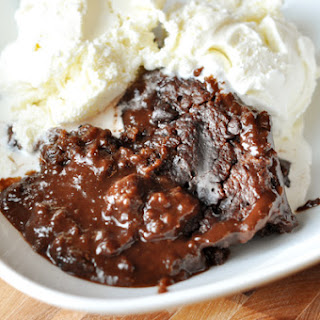 Slow Cooker Hot Fudge Peanut Butter Pudding Cake