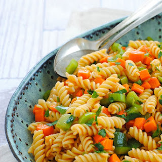 Buffalo Ranch Pasta Salad