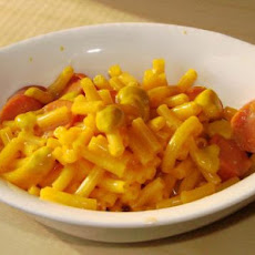 Easy Mac N Cheese With Hot Dogs