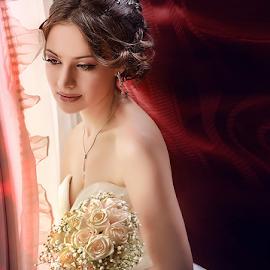 bride by Dejan Nikolic Fotograf Krusevac - Wedding Bride ( aleksandrovac, vencanje, novi sad, mlada, fotografija, bidermajer, subotica, svadbe, krusevac, svadba, dekoracija, kragujevac, svadbeni, vencanica, vrnjacka banja, fotograf )