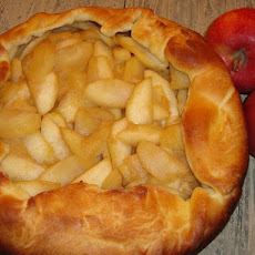 Rustic Apple Tart With Rich Cream Cheese Crust