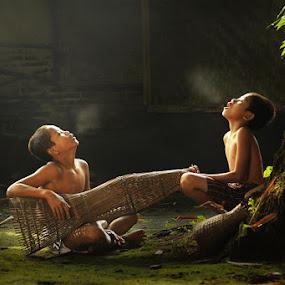 uap pagi hari by Ramadhan Bagaskara Arya Parmuka - Babies & Children Children Candids ( bronuap )