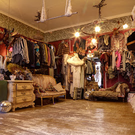 Prangsta Shop by Bill Green - Artistic Objects Clothing & Accessories ( london, prangsta )