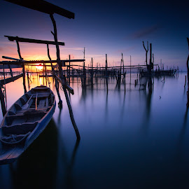 Lonely boat by Bento Kung - Transportation Boats ( loanely, wood, sunset, bridge, boat, island )