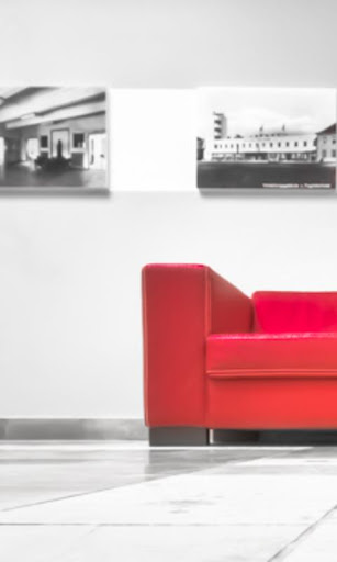 Red Couch Live Wallpaper