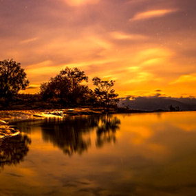 Sunrise and reflections by Cristobal Garciaferro Rubio - Landscapes Sunsets & Sunrises