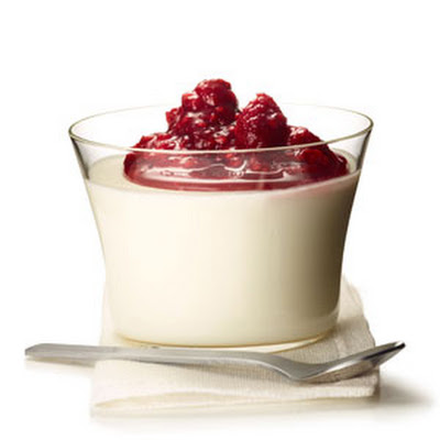 Yogurt Panna Cotta with Raspberry Compote