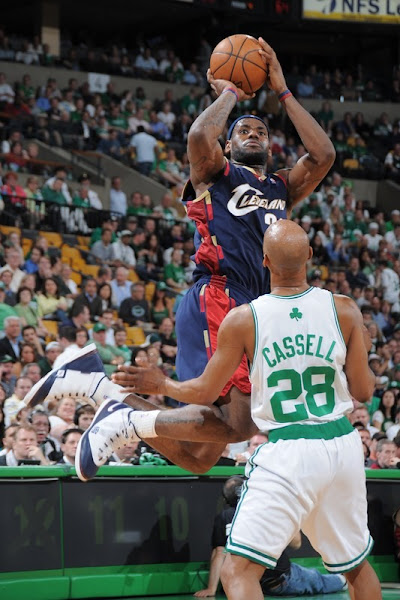 2008 NBA Playoffs R2G2 Cavaliers Fall Short in Game 2