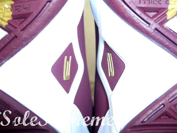 Zoom Soldier II Christ The King Away Edition Close Up